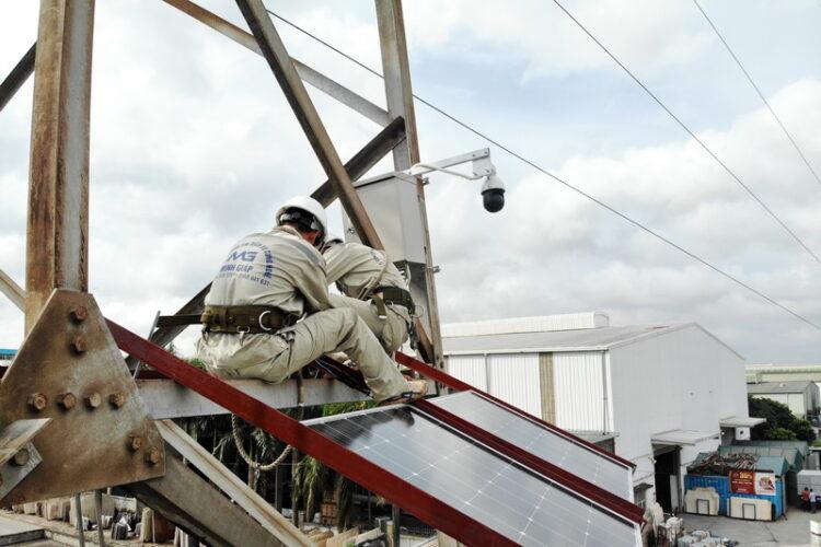 camera giam sat trên đường dây 220kV Tây Hà Nội - Chèm